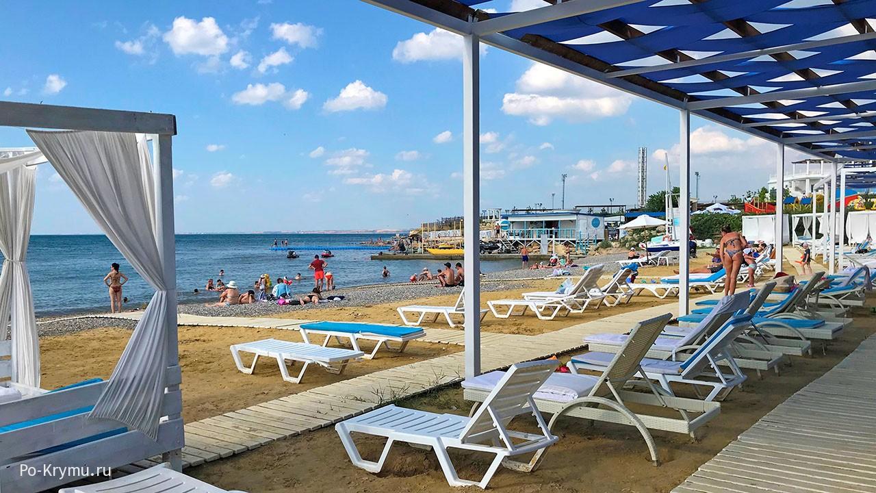 Севастополь, песчаный пляж Аквамарин