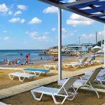 Песчано-галечный пляж Аквамарин