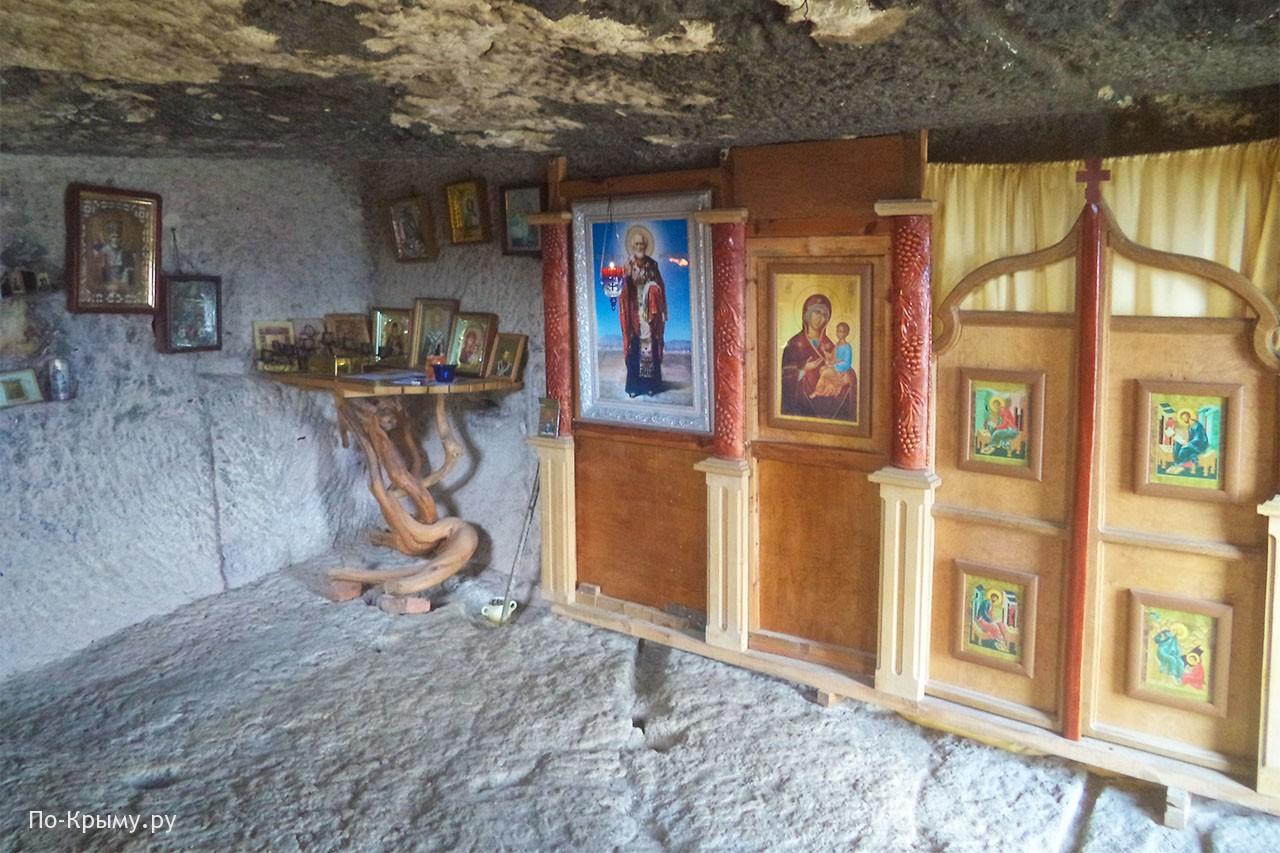 Иконы в монастыре Челтер-Мармара