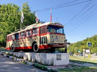 Памятник троллейбусу Шкода на Ангарском перевале
