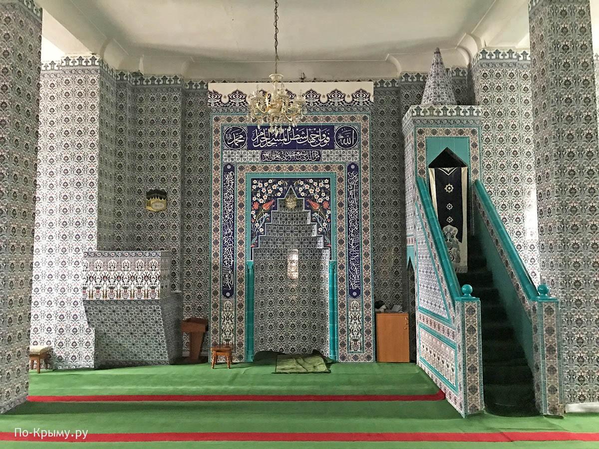 Севастопольская мечеть внутри