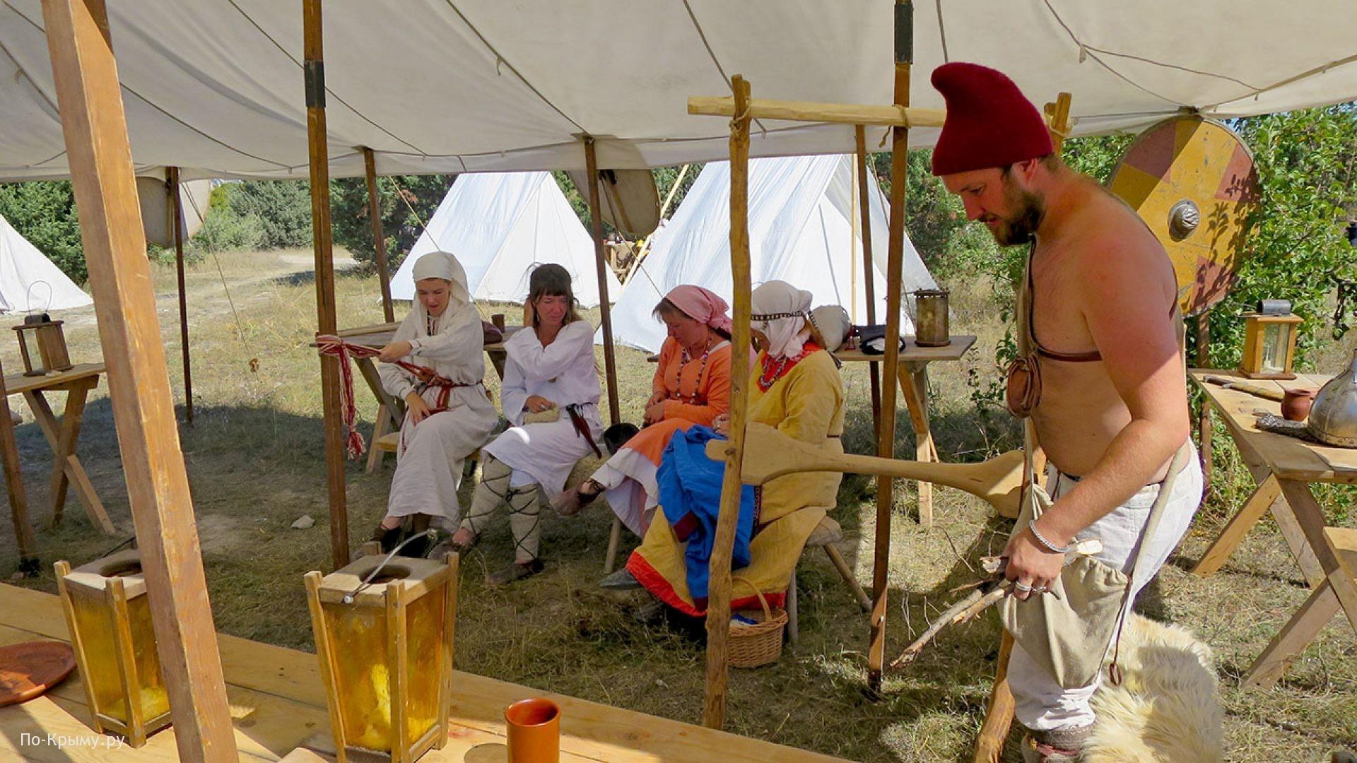Готы на фестивале в Севастополе