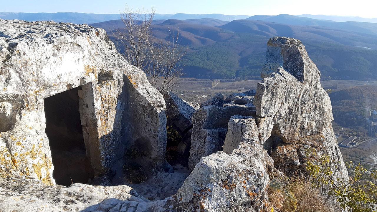 Пещеры Тепе-Кермена