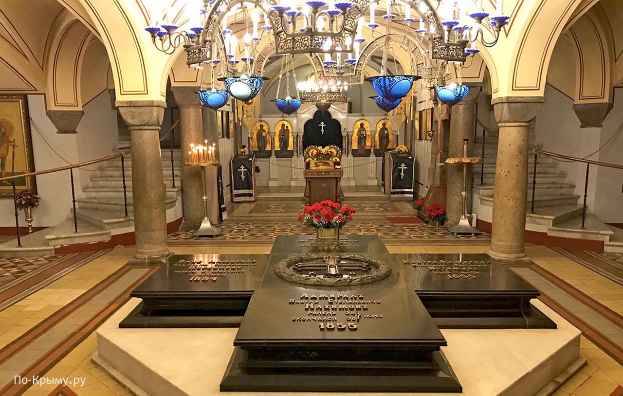 Собор св. Владимира - памятник павшим в Крымской войне