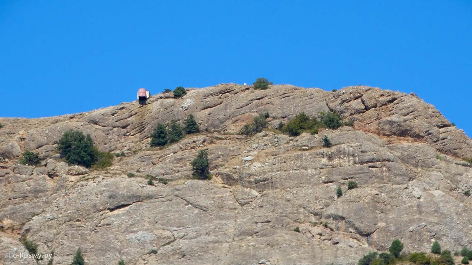 Бочка смерти, Южный форт на горе Аскети (Спилия)