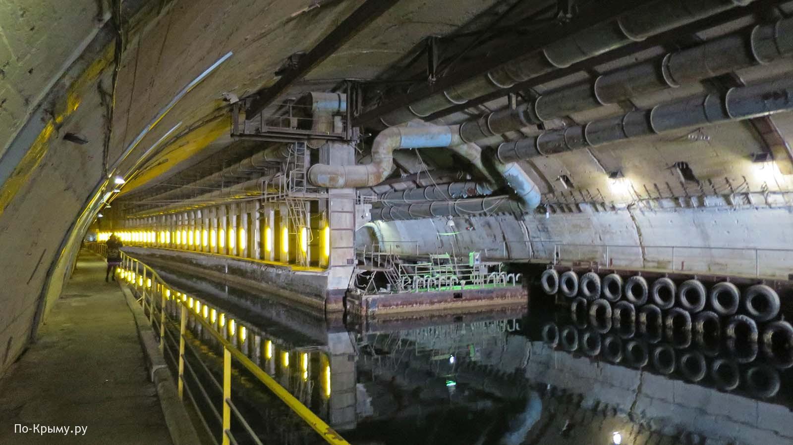 Подземный музей подводных лодок в Балаклаве