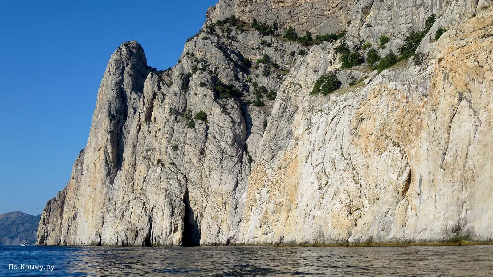 Стена Ушакова на скале Кокия-Кия