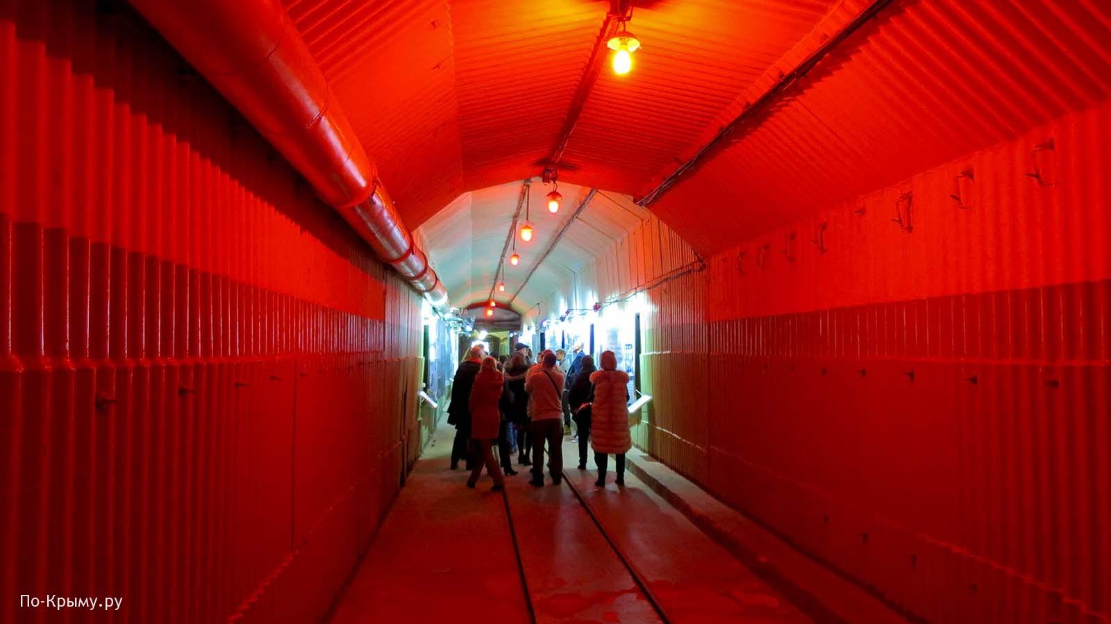 Подземная база подводных лодок в Балаклаве