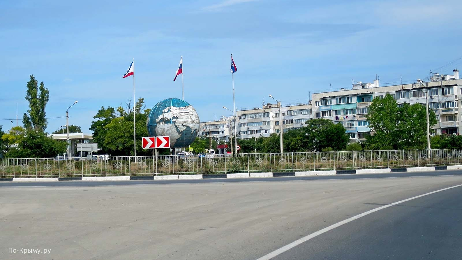 Въезд в Черноморское