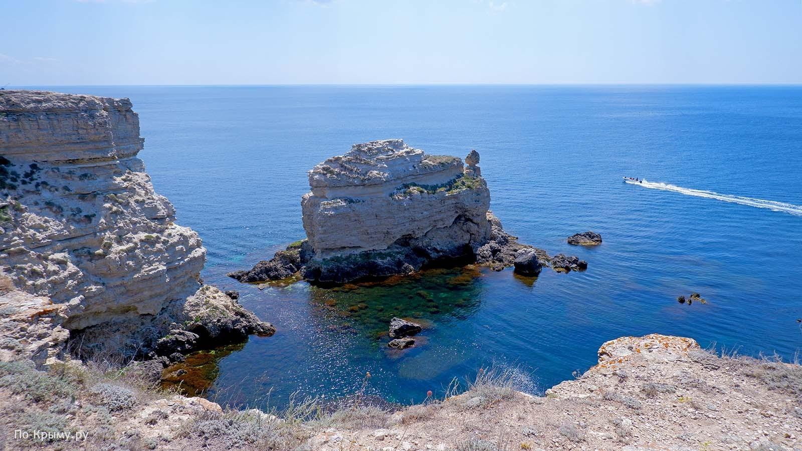 Достопримечательности Тарханкута - скала Черепаха