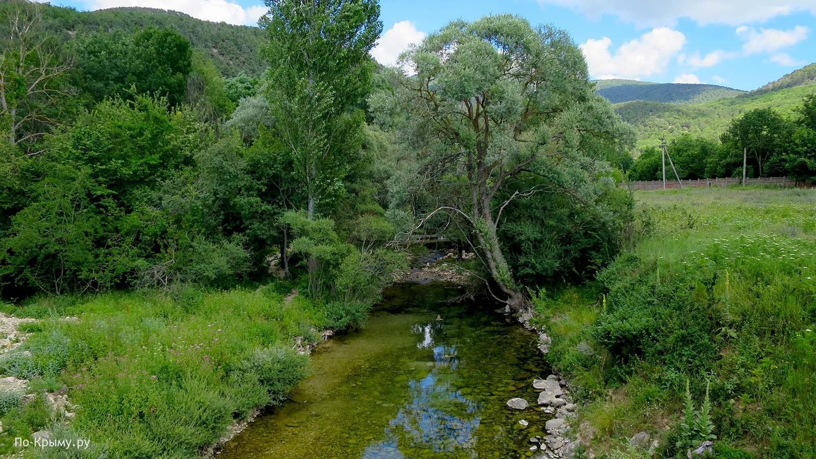 Севастополь, Байдарская долина, река Узунджа