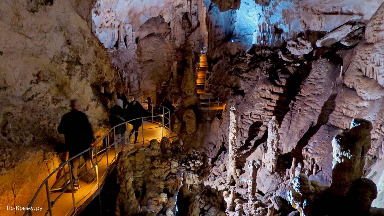 Чатыр-Даг, пещера Эмине-Баир-Хосар