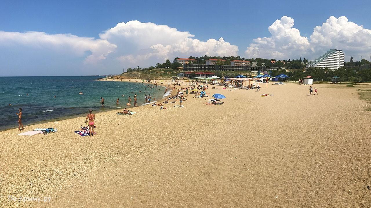Севастополь, пляж Мокроусова в Учкуевке