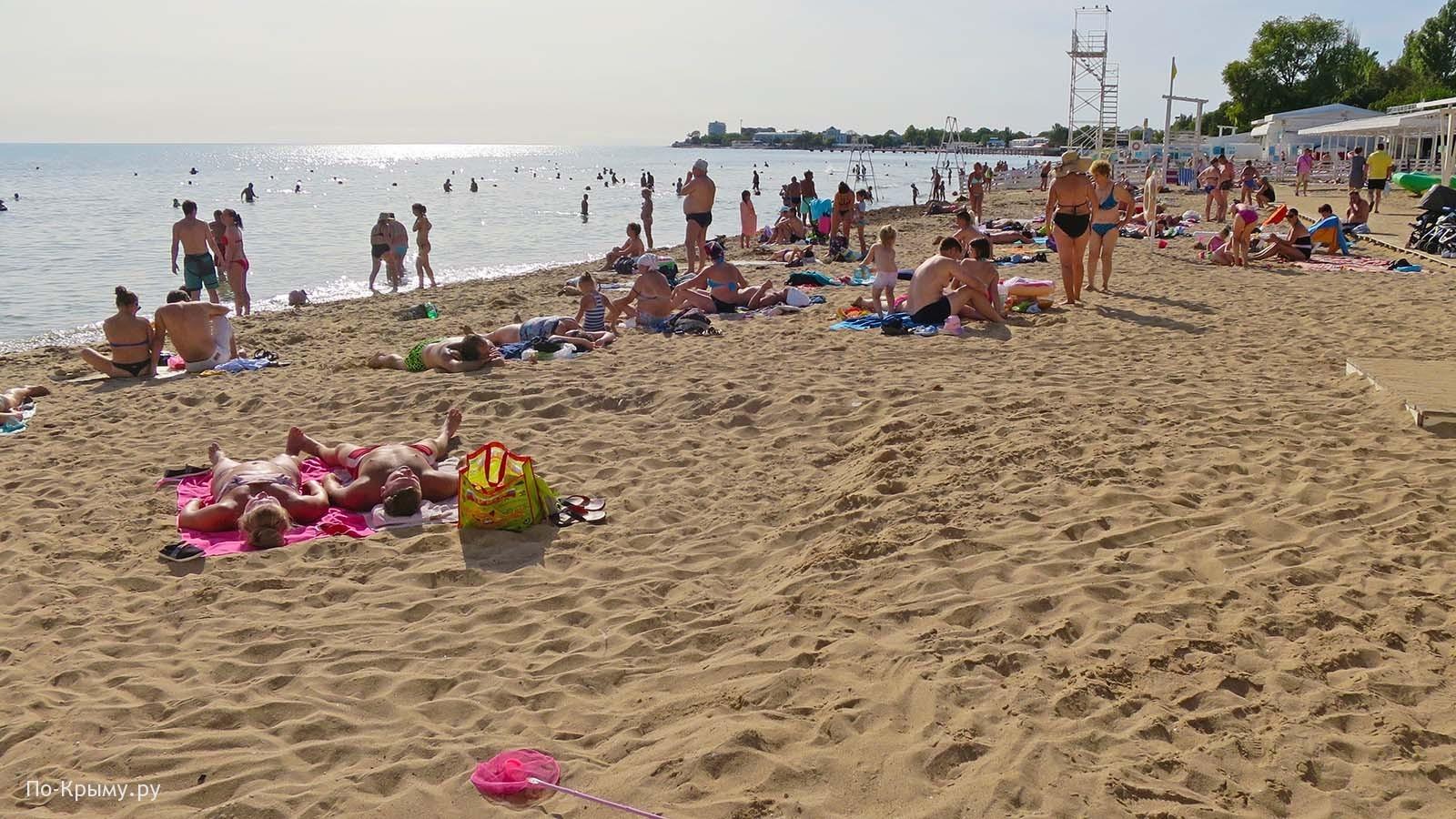 Побережье Черного моря у Евпатории
