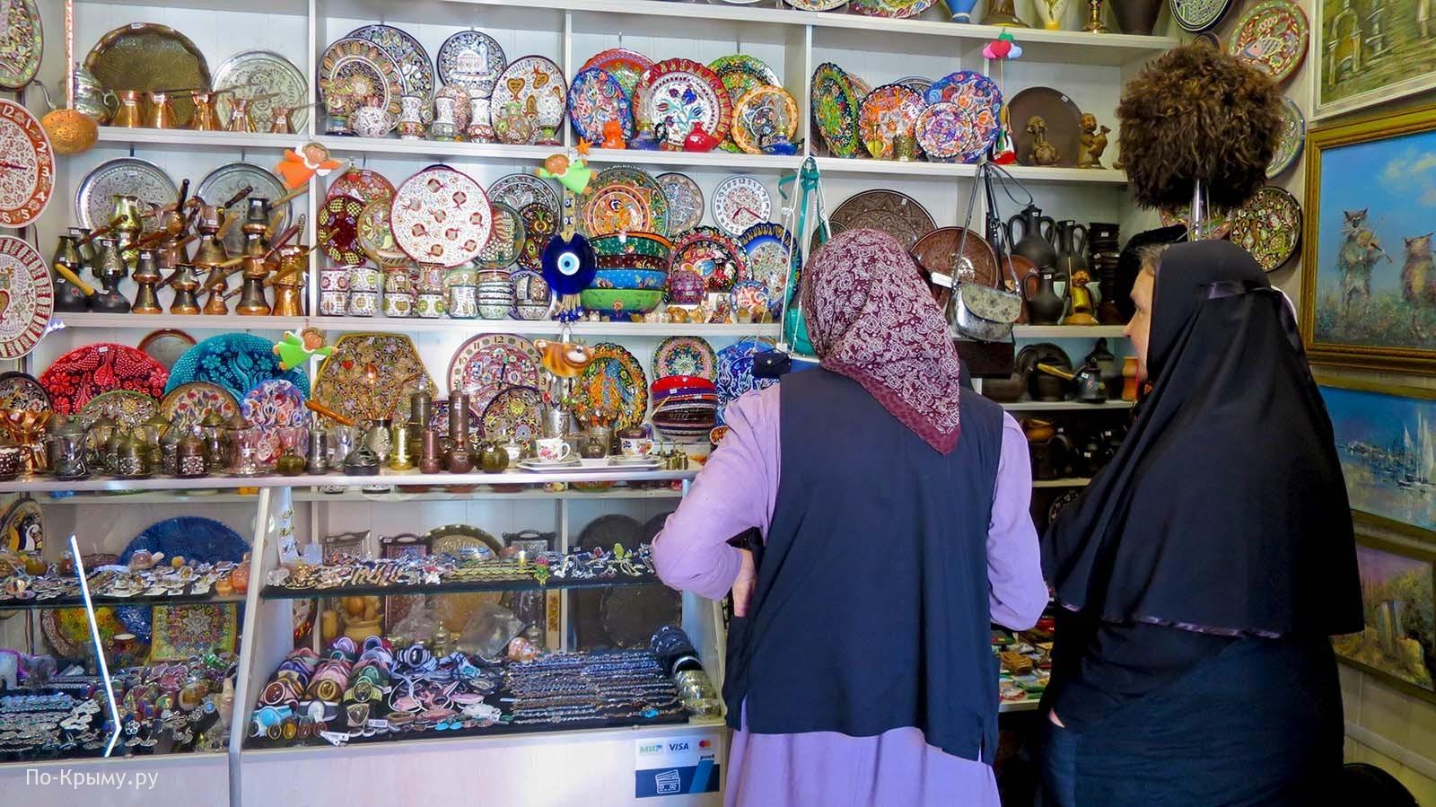 Сувенирная лавка в Бахчисарае