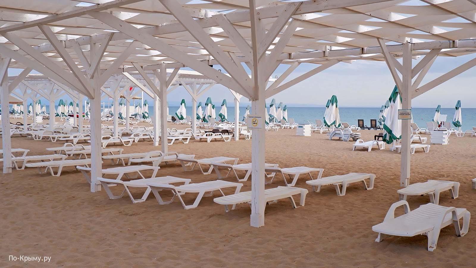 Пляж Лазурный берег, Крым, Евпатория