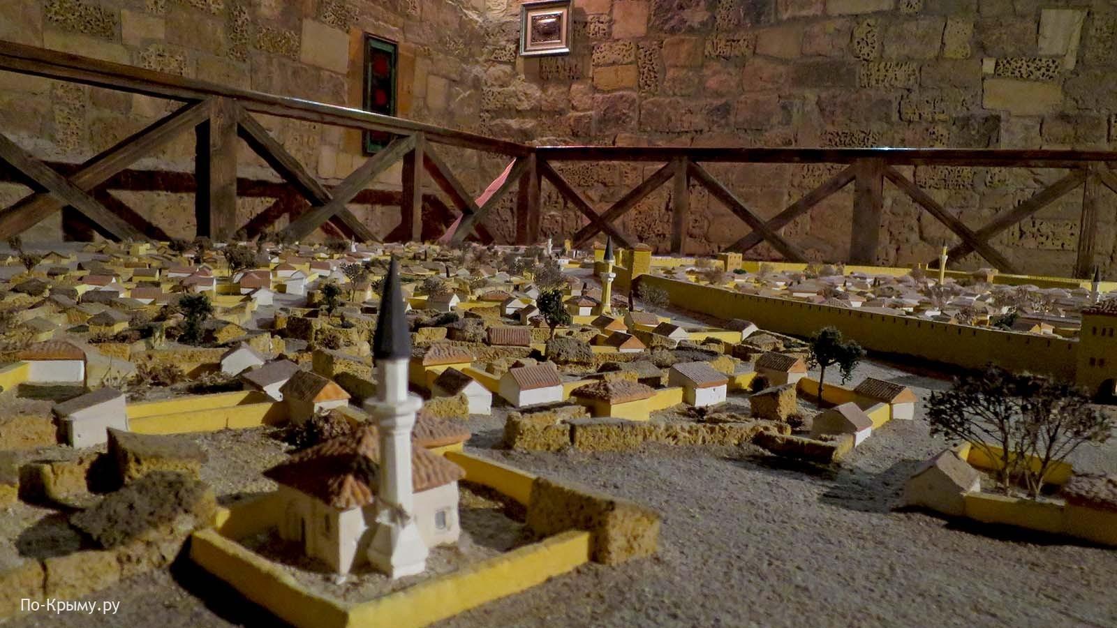Мечети древнего Гезлёва