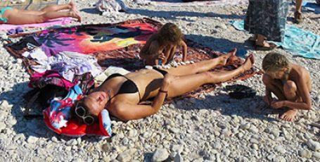 Пляж Севастополя «Голубая бухта»