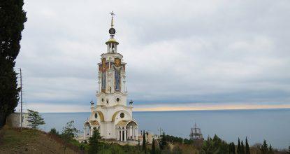 Храм-маяк и музей катастроф на водах
