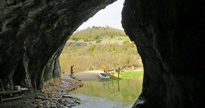 Водопад Мердвен-Тобе, грот Коба-Чаир и река Уппа