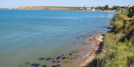 Пляжи мыса Тюбек в Крыму