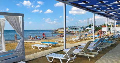 Пляж Акавамарин в Севастополе